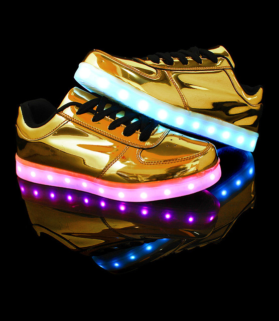 Women shoes for adults canvas shoes women 2017 hot fashion breathable led luminous shoes