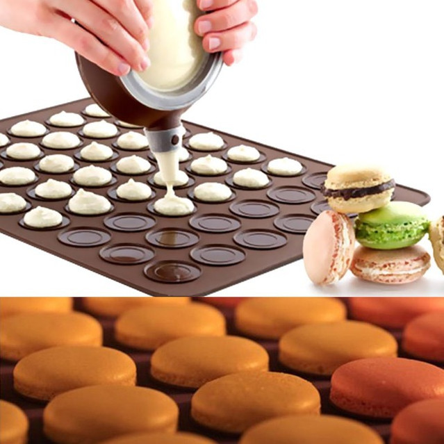 Pastry Tools Large Size 48 Holes Macaron Silicone Baking Mat Cake Christmas Bakeware Muffin Mold decorating