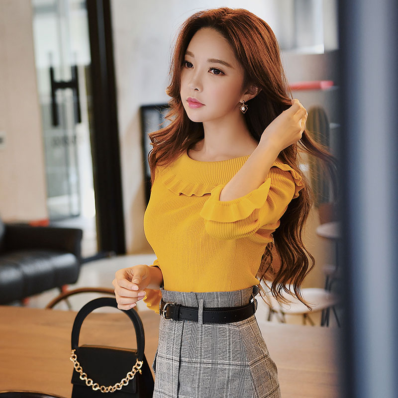 Dabuwawa Christmas Ruffles Knitted Sweater Autumn Winter Women Slim Butterfly Sleeve Yellow Sweater #D18CJS050