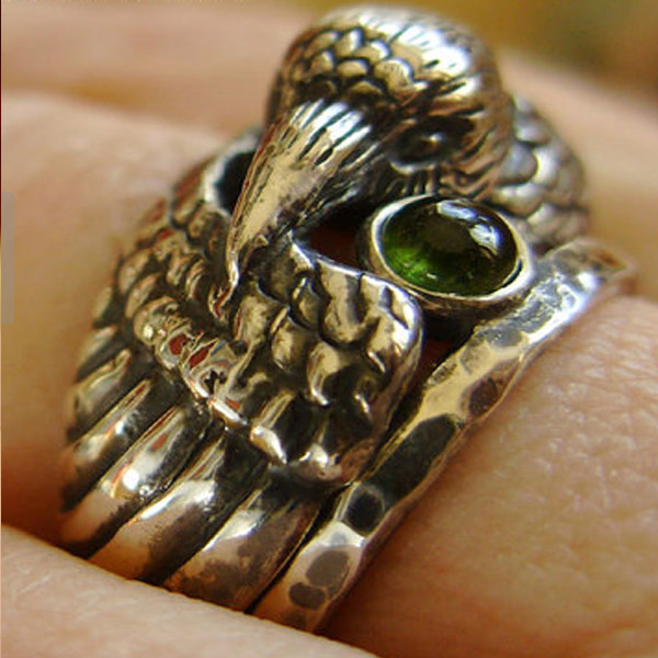Animal Head Ring Custom Jewelry/Animal Vintage Bronze Raven Ring With Green Crystal/ Special For Mens Ring