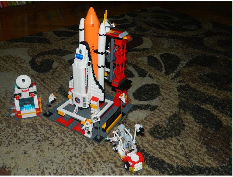 KAZI-Building-Blocks-Playmobil-DIY-Building-Blocks-Space-Shuttle-Launch-Center-Model-Blocks-679-pcs-Bricks (3)