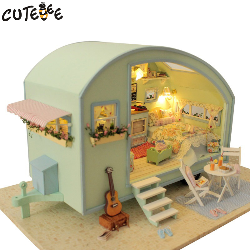 DIY בית בובה מעץ בובות בתים מיניאטורי - בובות ואביזרים