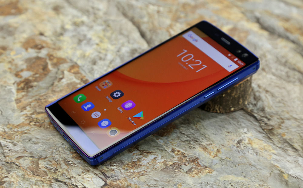"""Image 4 - DOOGEE BL12000 Big battery 12000mAh Smartphone 4GB 32GB 6.0""""18:9 FHD+ Screen 16MP+8MP 4 Cameras MT6750T Octa Core Cellphone-in Cellphones from Cellphones & Telecommunications"""