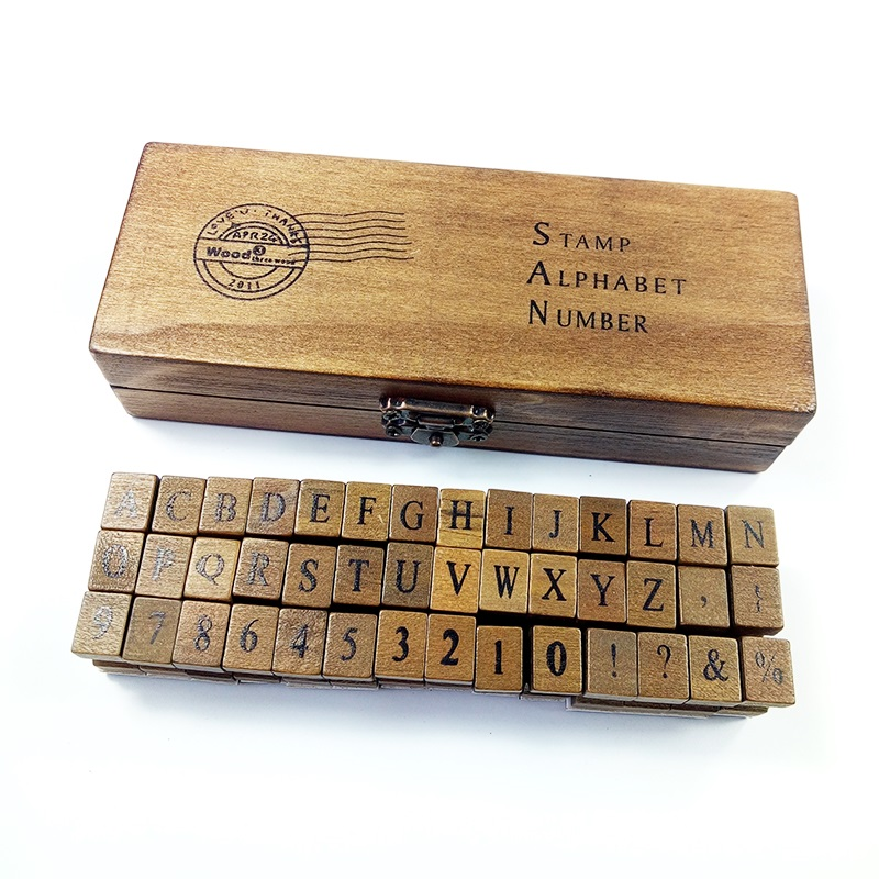 42 Unids / set Diseño Romántico Mayúsculas y Letras Mayores Retro Vintage Craft Box Alfabeto de madera Sello de goma Conjunto