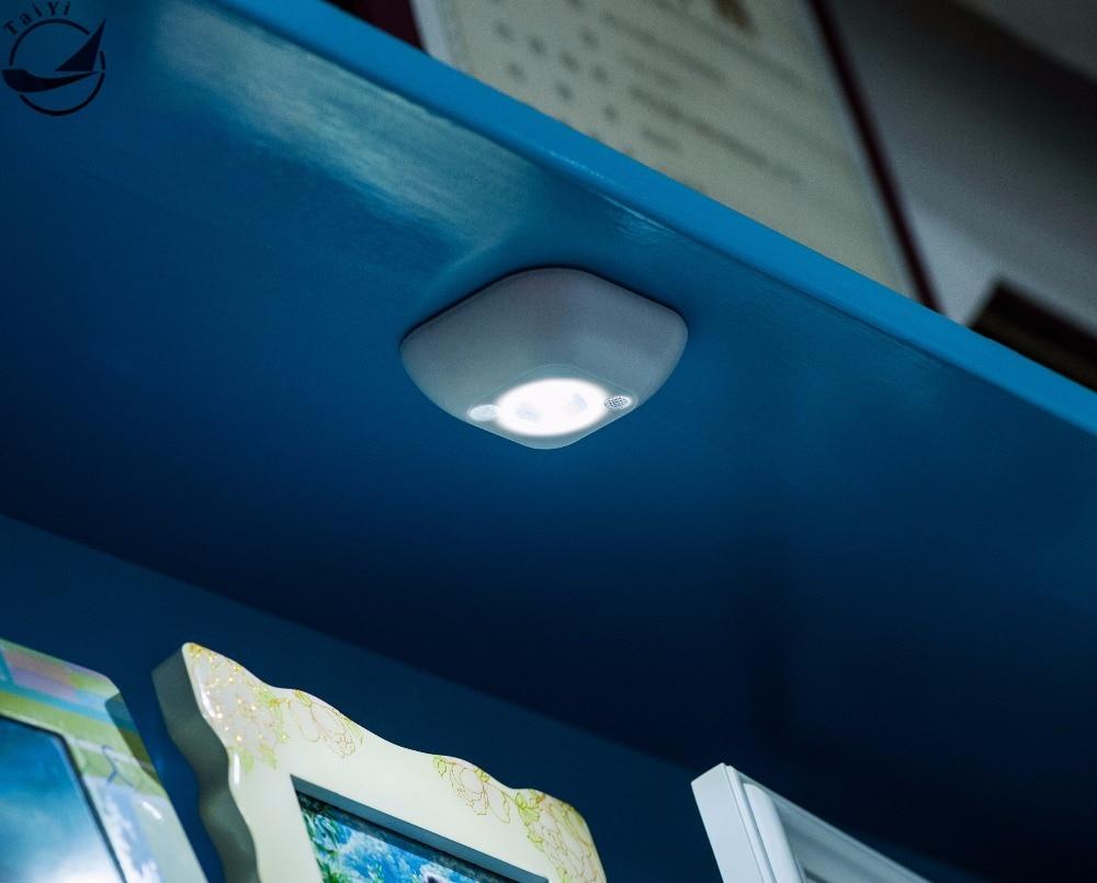 Mini LED Bezprzewodowy czujnik światła nocnego Aktywowany ruchem Czujnik światła Zasilana bateryjnie ścienna lampa awaryjna Gorąca sprzedaż