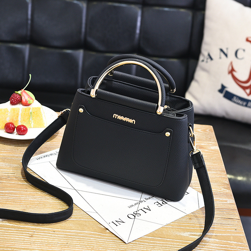 Designer PU Leather Women Messenger Bags Simple Fashion Shoulder Bags Ladies Small Tote Famous Brand Zipper Handbags Slot Pocket