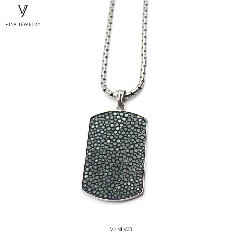 Fashion Grey Stingray Dog Tag Pendant Necklace Jewelry Simple Style Necklace For Men Customized Luxury Boyfriend Husband Gift
