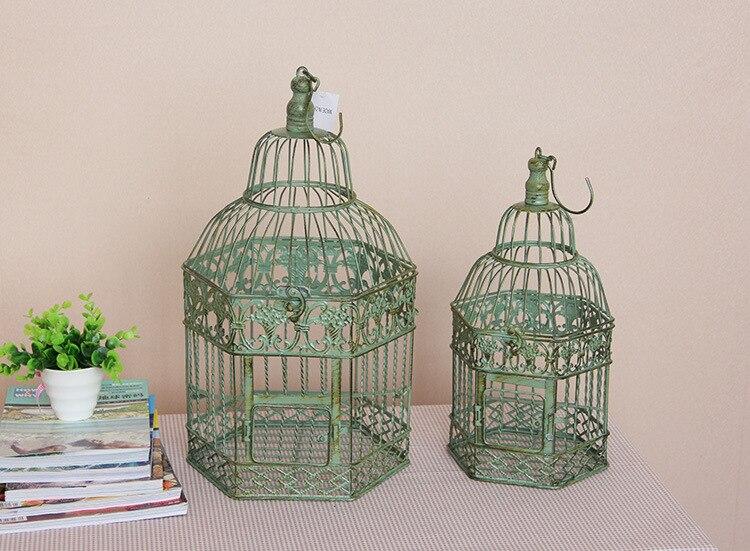 Hand made vintage grote decoratieve vogelkooien klassieke ijzeren