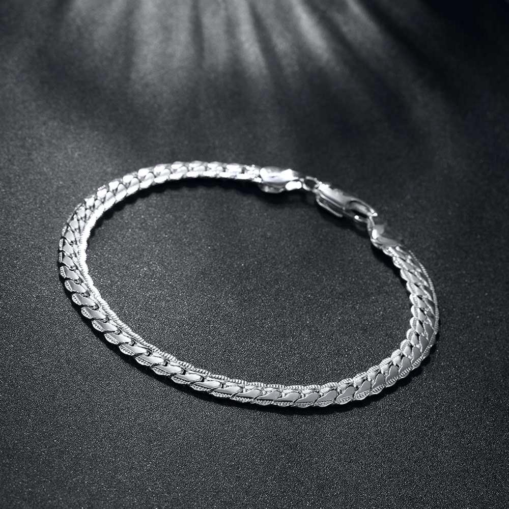 New Design New Arrival Silver Plated Bracelet For Women Bracelet for Men Jewellery Supplier