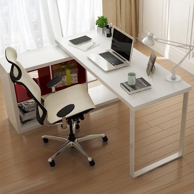 terreno chao minimalista scrivania libreria semplice