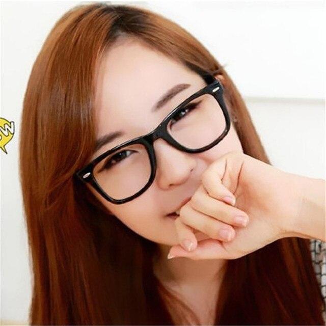 2017 9 Warna Kacamata Frame Kacamata Trendy Unisex Pria Wanita memakai Eye  Frames Batal Lens Glasses 69abe43c90