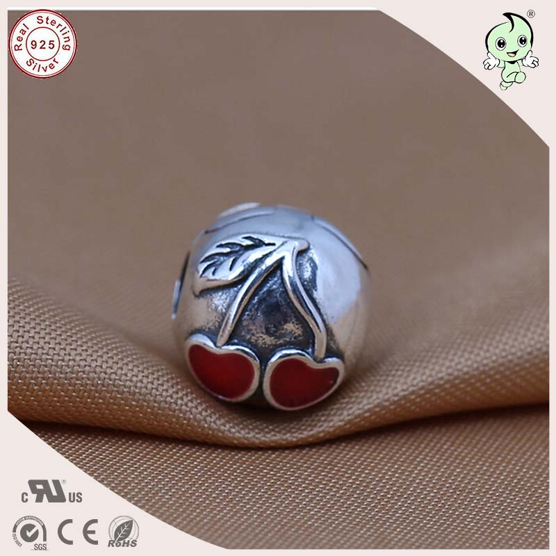 High Quality Beautiful 925 Authentic Silver Red Enamel Cherry Pattern Bead Charm Fitting European Silver Snake Chain Bracelet