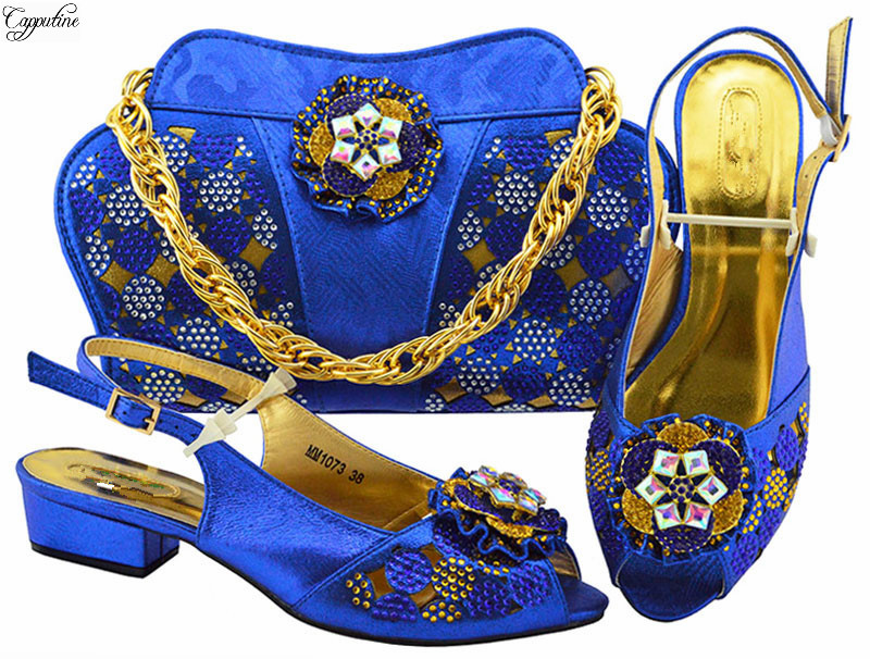 Graceful pattern African pump shoes and bag sets fashion shoes with handbag MM1073 in royal blue, heel height 3.5cm blue and white stripe pattern shirt in fashion design