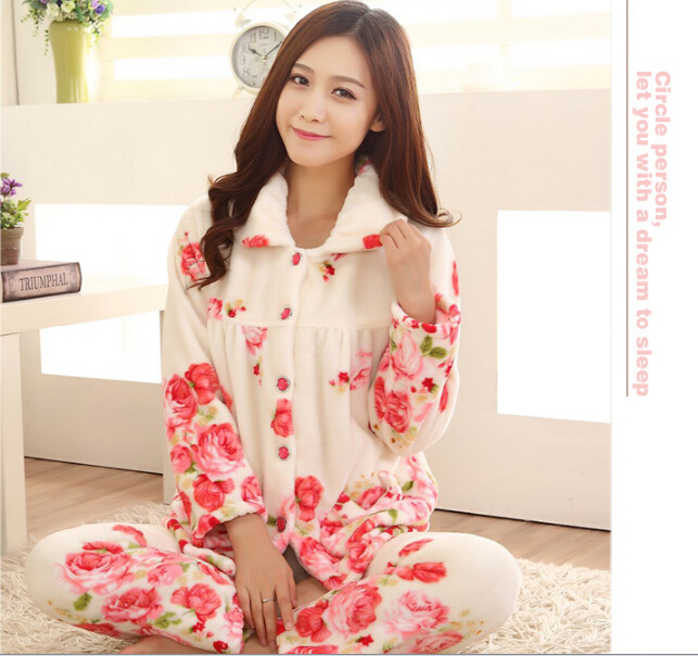 b34c5b3160 High Quality Women Autumn and Winter Rose Printed Flannel Pajamas Thicken Flannel  Pajama Set Sleepwear Coral Fleece Pajamas-in Pajama Sets from Underwear ...