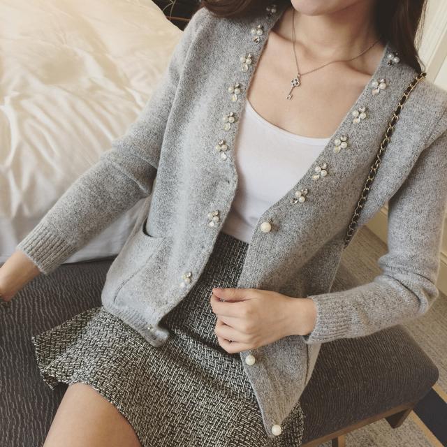 2016 recién llegado del resorte mujeres Cardigan lindo botones rebordear v-cuello flojo capa del suéter corto