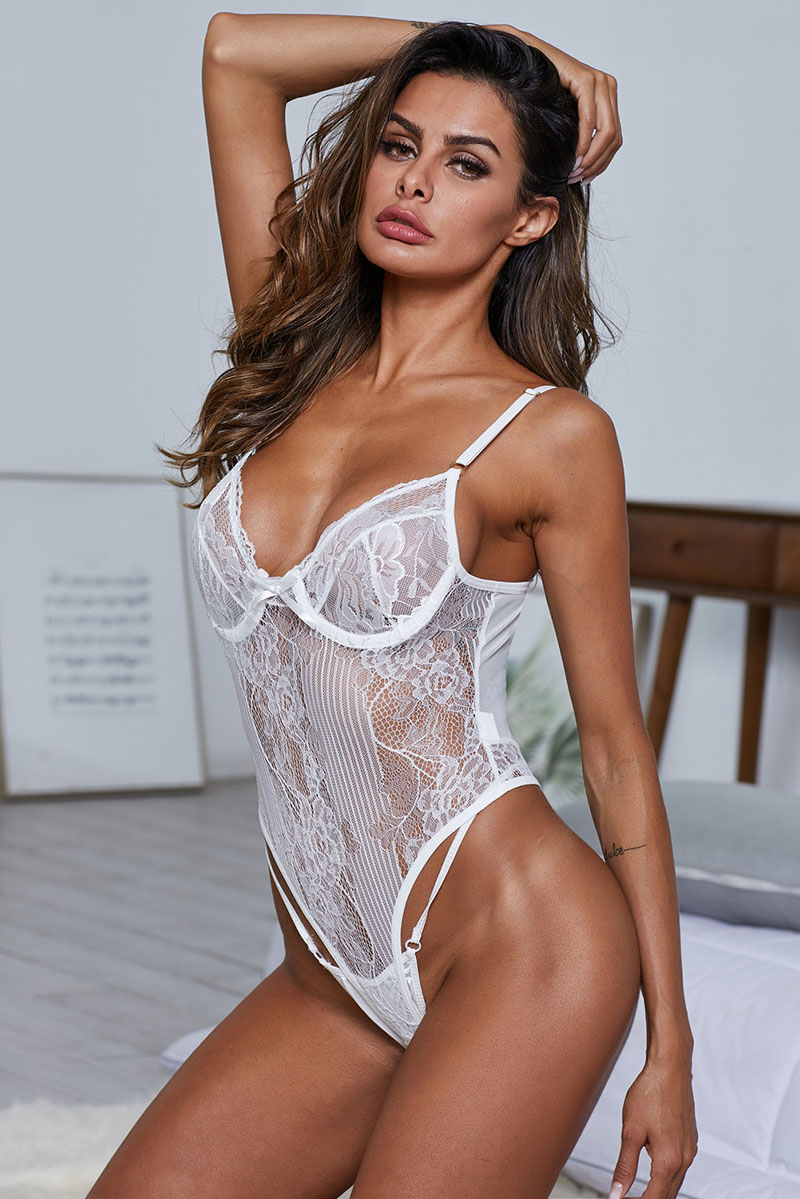 White-Yummy-Scalloped-Lace-Teddy-Lingerie-LC32095-1-3