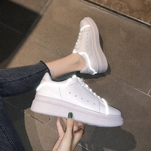 Fashion white womens shoes 2019 spring new reflective thick-soled casual sports ladies