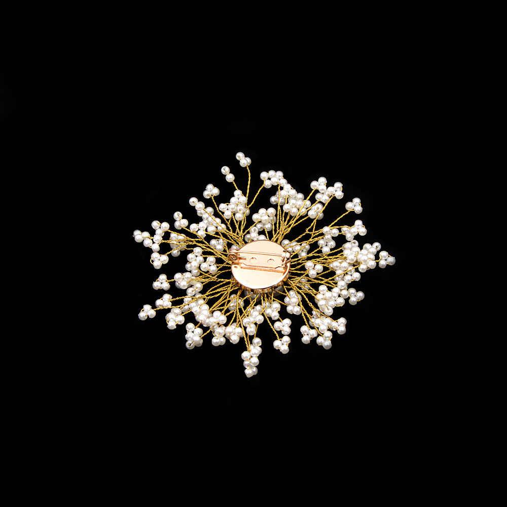 シンディ翔カスミソウパールフラワーブローチ女性手作り結婚式スノーフレークピン夏ドレスアクセサリーバッグブローチ