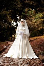 2017 Long Sleeve Muslim Islamic Wedding Dresses with Hijab High Neck Ivory Bridal Dress Lace Beaded robe de mariage musulman