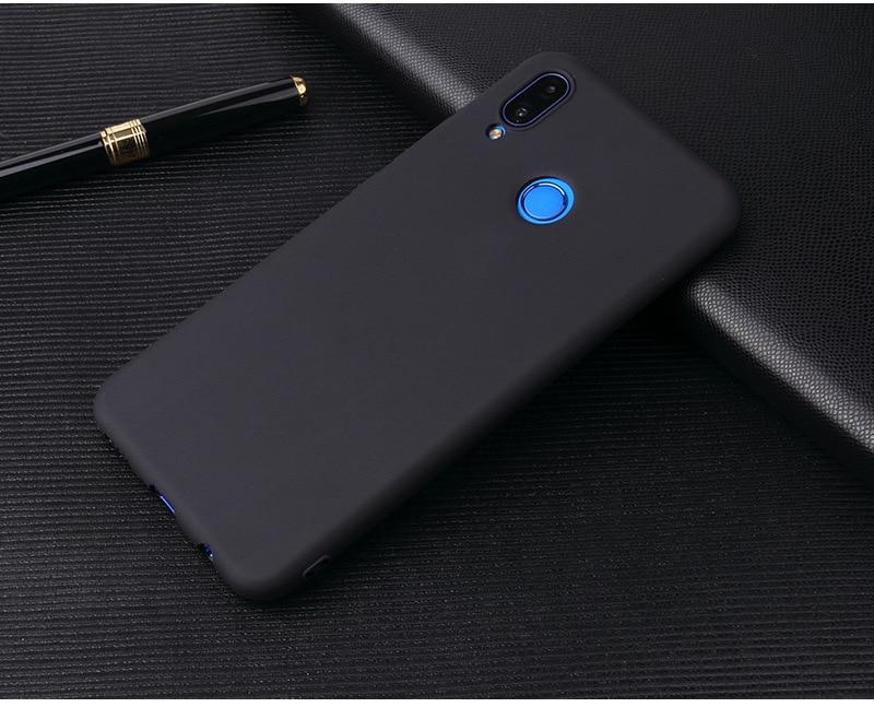 Silikonowe etui w kolorze - czarny.
