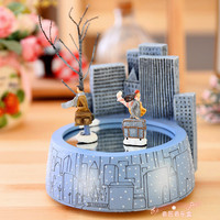Free shipping Jimi magnet music box romantic rotating lovers music box birthday gift Christmas gifts