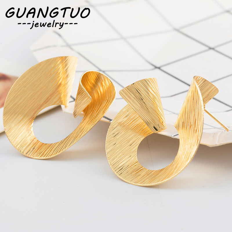 New Fashion Jewelry Simple Geometric Irregular Stud Earrings For Women Spiral Ear Stud Female Brincos American European EB2170