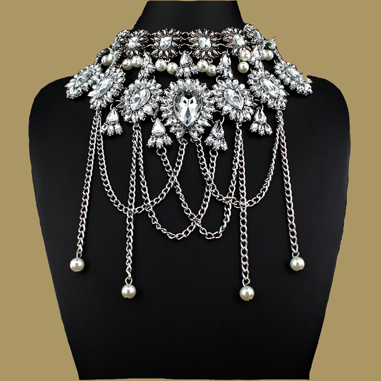 Rococo Style Fashion Jewelry Vintage Pearl Neck Bib Collar Chokers Statement Necklaces