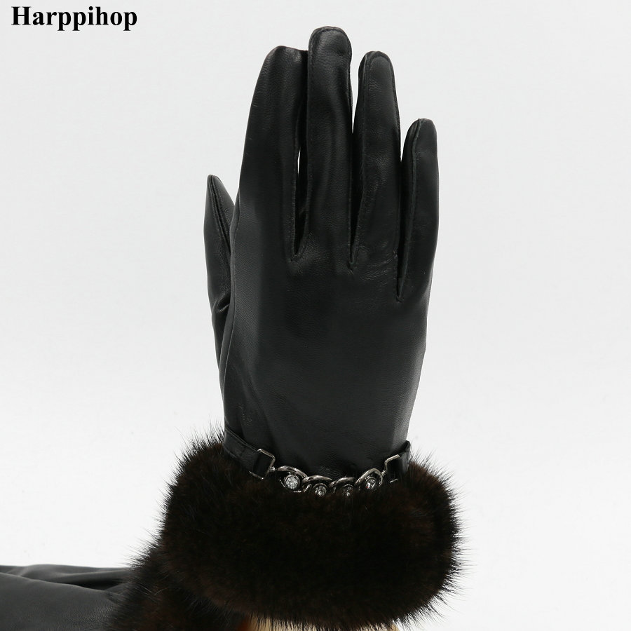 Leather glove lady winter mink hair touch screen sheepskin gloves plus velvet thickening warm short paragraph riding a car Korea