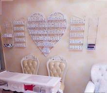European-style heart-shaped cosmetics display shelf iron hanging nail polish shelf nail shop nail oil rack rack cosmetics shop ru