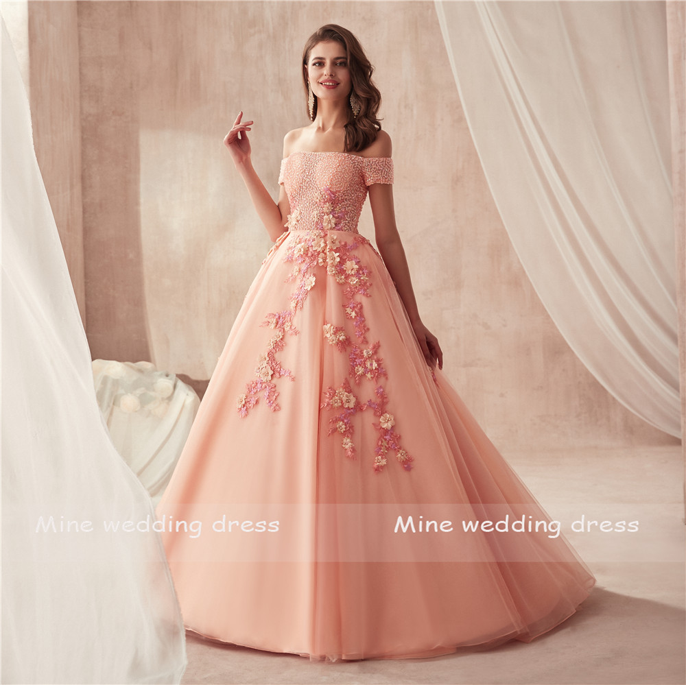Off the Shoulder Short Sleeves Ball Gowns Prom Dress Peach Beading with Stunning 3D Lace Flowers Evening Gowns