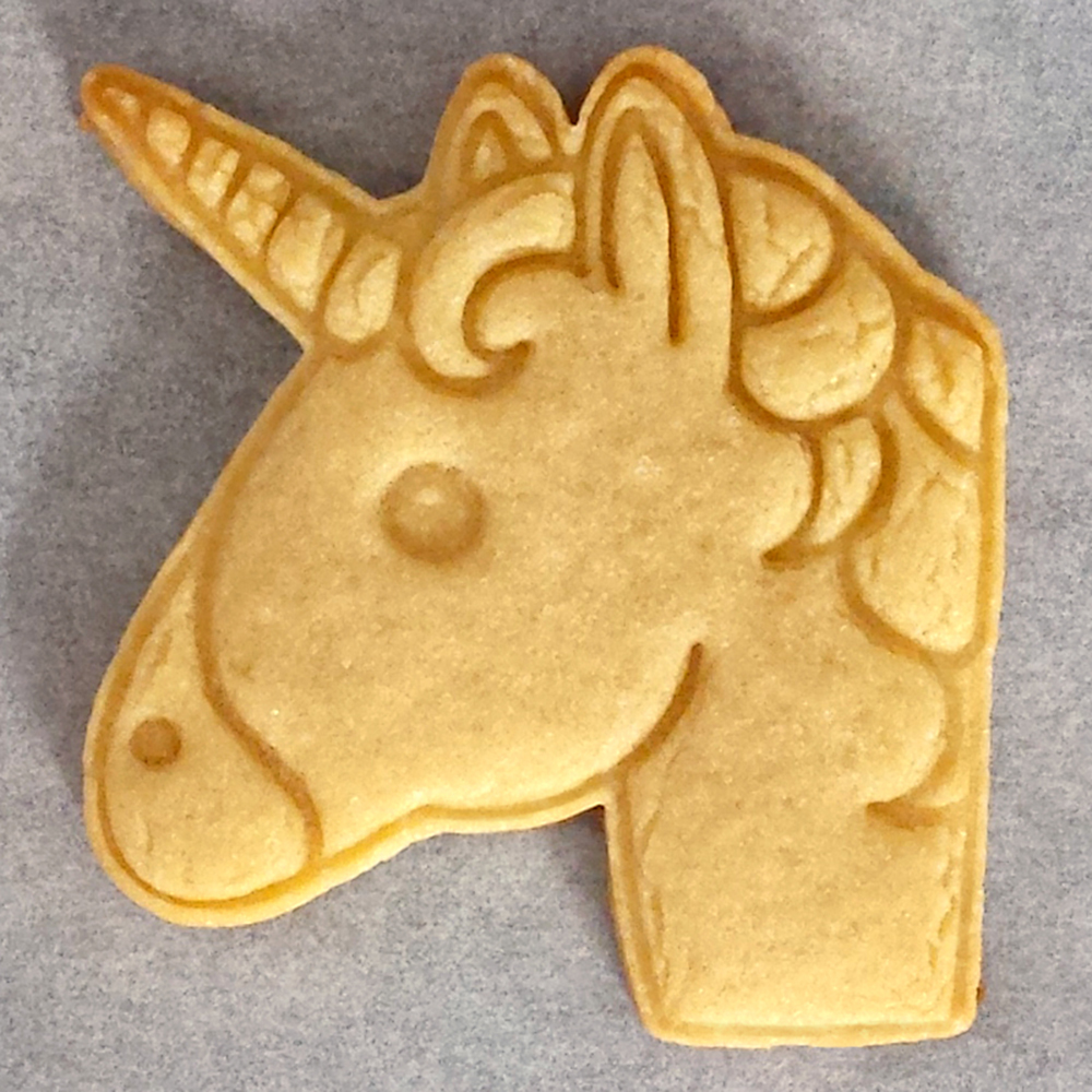 1 PCS Unicorn Emoji Cookie Cutter Biscuit Stamp DIY Fondant Biscuit Chocolate Cake Mold Baking Tool in Cookie Tools from Home Garden