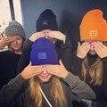 10 colores de Otoño e invierno nueva Corea cara sonriente caliente de espesor de lana del casquillo hicieron punto los sombreros