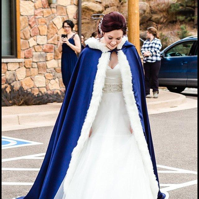 Fur Trim Satin Wedding Cloak Bridal Cape Women s Coat Shawl Wrap Renaissance Wedding Lone Medieval