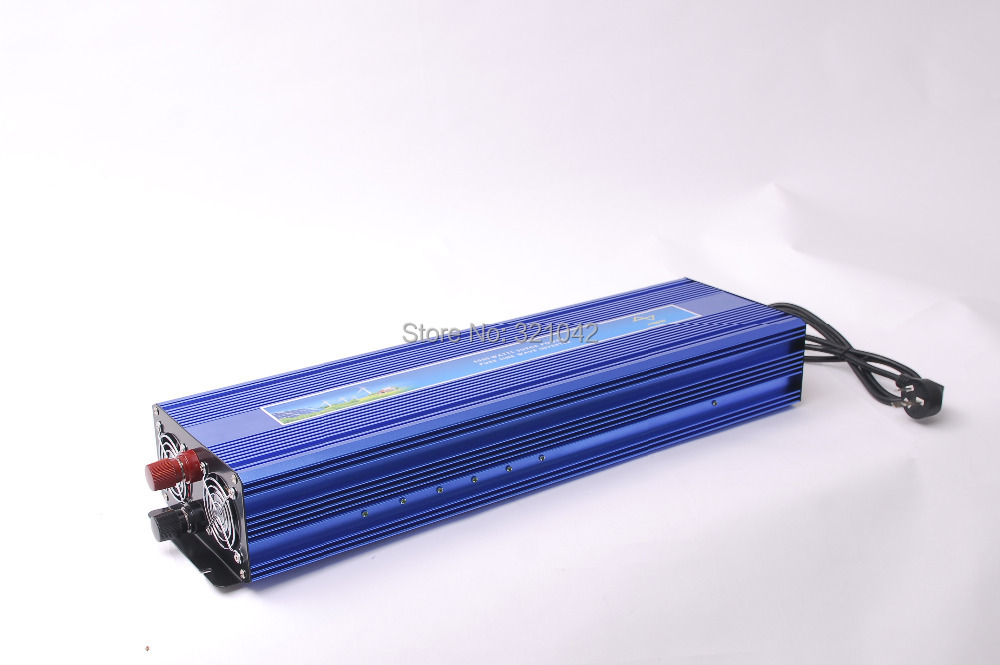 Off Grid Pure Sine Wave Inverter peak power 4000W rated power 2000W dc12v/24v to ac110v/220v with battery charging UPS function