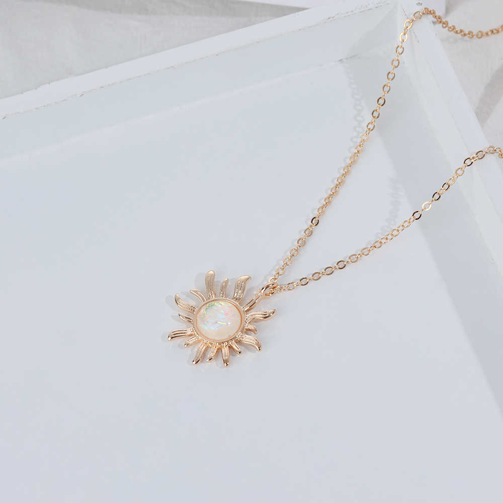Silver/Gold Chain Sunflower Pendant White Fire Opal Necklaces Big Flower Necklace For Women Choker Jewelry Gifts Anniversary