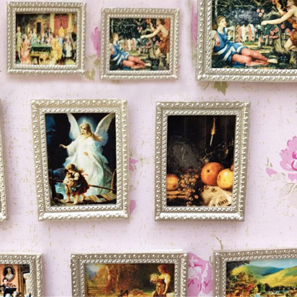 Doll House Miniatures Resin Framed Wall Painting of Couples 1//12th Scale