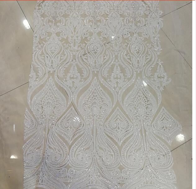 Tela de encaje francés de tul de lentejuelas blancas bordada 2017 últimas telas de encaje africano tela de encaje de alta calidad-in encaje from Hogar y Mascotas    1