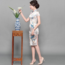 Slim  long cultivate ones morality improvement in beautiful silk cheongsam female Chinese tangzhuang dress