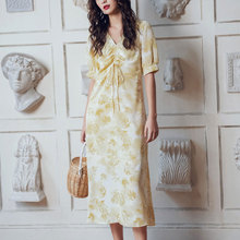 Chiffon Dress Female 2019 Fashion V-Neck Vintage Popular Summer French Style Minority Platycodon grandiflorum