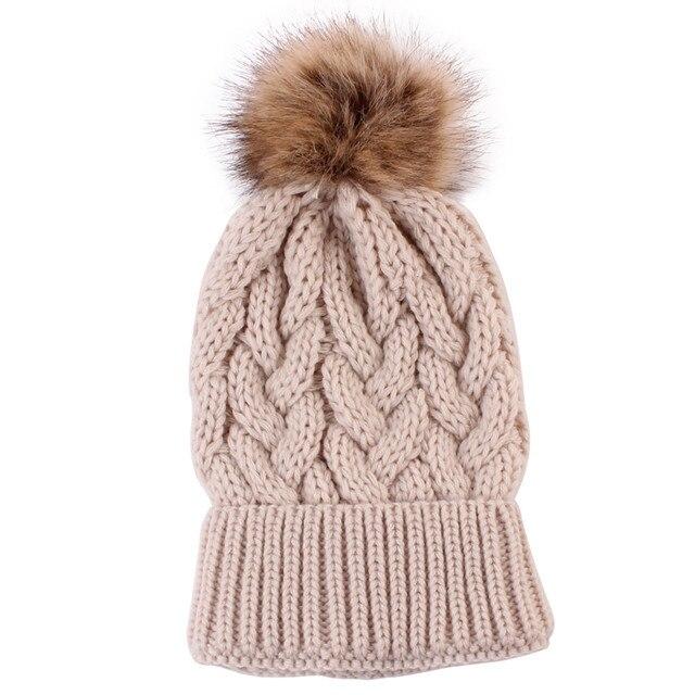 Zimná elegantná čiapka Makkus – 15 farieb