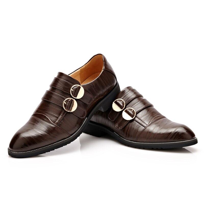 5b0f2713d9 Nuevo Estilo Británico de Los Hombres de Cuero Zapatos de Vestir Formales Negro  Hombres de Negocios Oxfords Alta calidad Hebilla de Correa de La Boda En ...