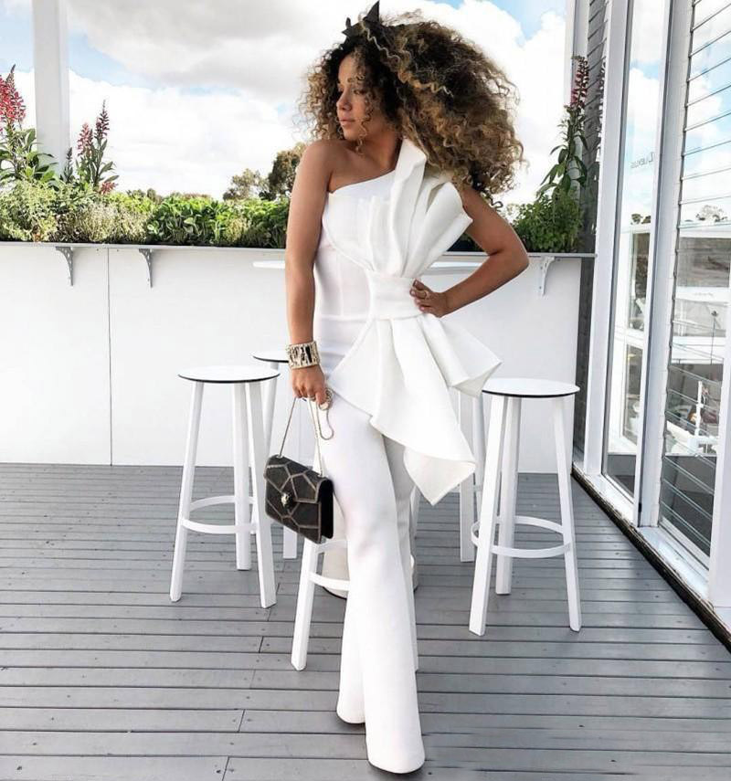 100% Waar 2019 Afrikaanse Elegante Witte Vrouwen Jumpsuit Avondjurken Een Schouder Met Grote Boog Formele Party Prom Jassen Geweldige Prijs