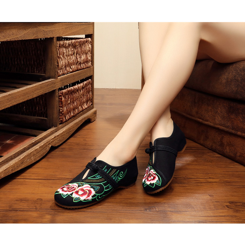Women Satsuka embroidered shoes Chinese Wedding plat canvas Shallow mouth girls dancing Casual flat shoe mnixuan chinese embroidered women shoes