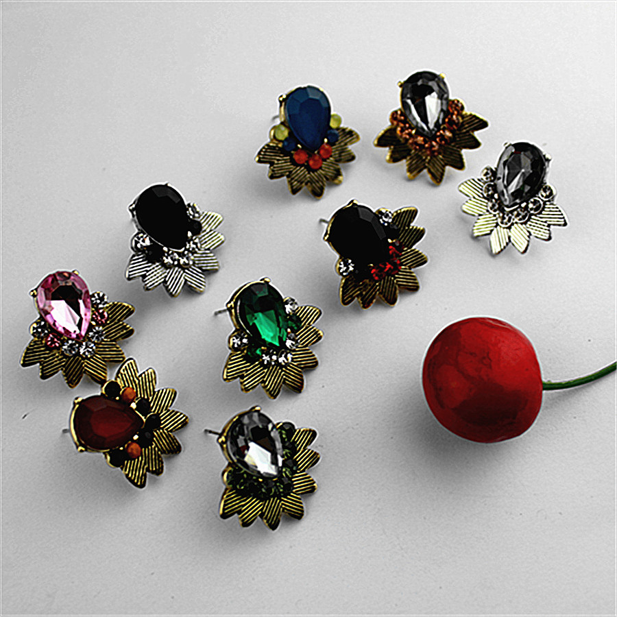 Hot new popular female ornaments, girls birthday party, black white, blue green powder, earrings, gifts, free shipping