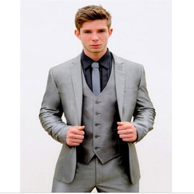 aa11803cfc033 Alta calidad para hombre plata smoking gris Slim Fit traje hombres de la  boda de novio