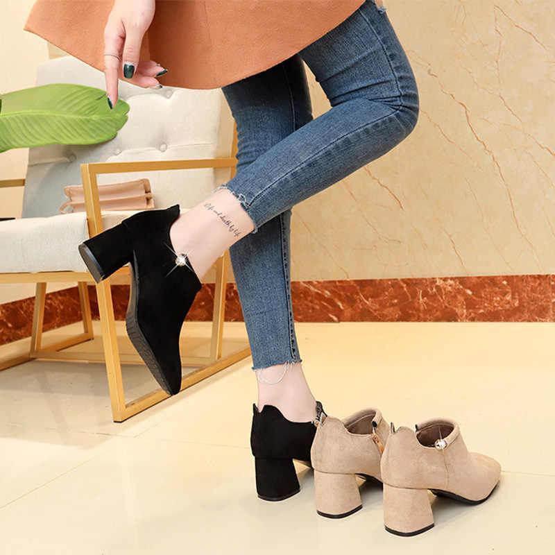 Женские ботильоны на молнии, на среднем каблуке, со стразами, из флока; Новинка 2018 года; зимняя обувь на платформе; женская модная Осенняя обувь в Корейском стиле