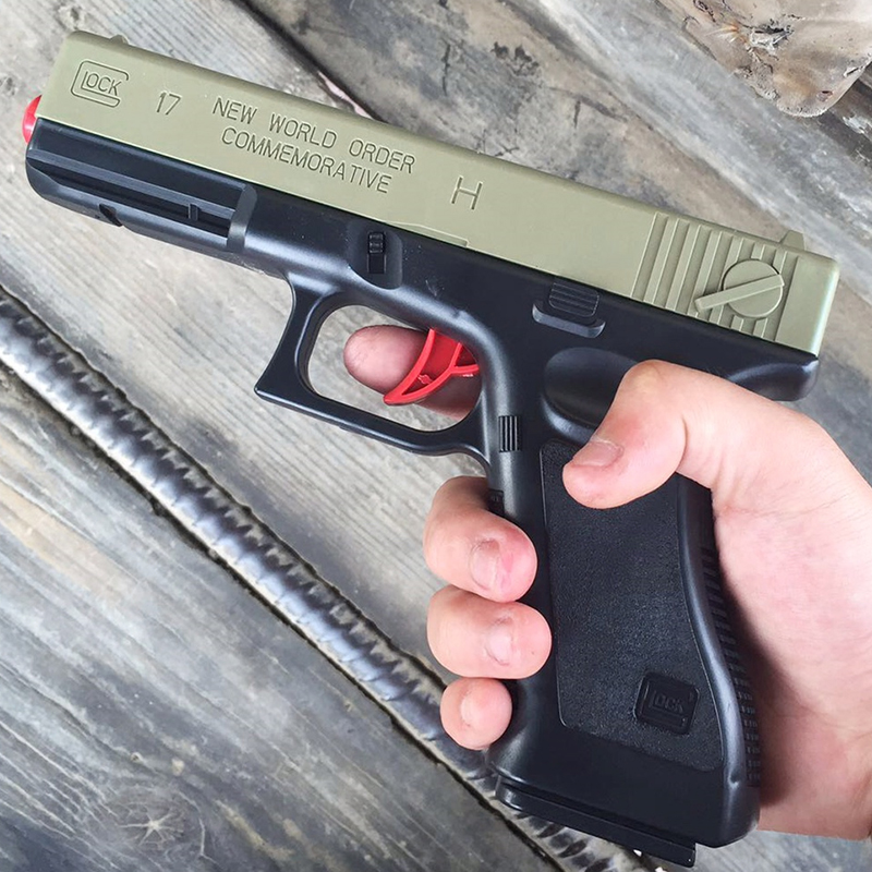 Outdoor Toys Children's Toy Gun Glock Launch Bullets Gel Bullet Crystal Gun Boy Weapon Pistol Blaster Kids Xmas Gifts 1