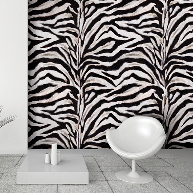 6136 grote rol 1 06m 15 6m roll zwart wit zebra print 3d vinyl behang.jpg 640x640 - Zebra Print Behang