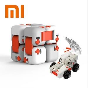 Image 1 - Oryginalny XiaoMi Mitu Finger cegły Mi klocki Finger Spinner prezent dla dzieci bezpieczeństwo przenośny budowniczy inteligentne Mini zabawki