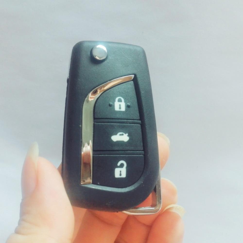Acheter 5 PCS Avec LOGO Flip Pliant À Distance Clé Fob Cas pour Toyota Highlander Coralla Camry RaV4 Reiz VIOS 3 Bouton Uncut TOY43 Lame de case for fiable fournisseurs